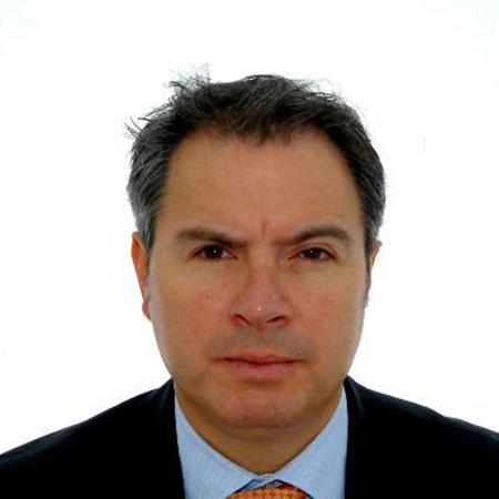 Dr. Fernando Pastrana