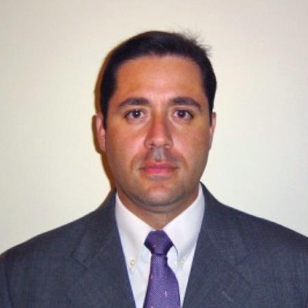 Dr. Edgar Clavijo