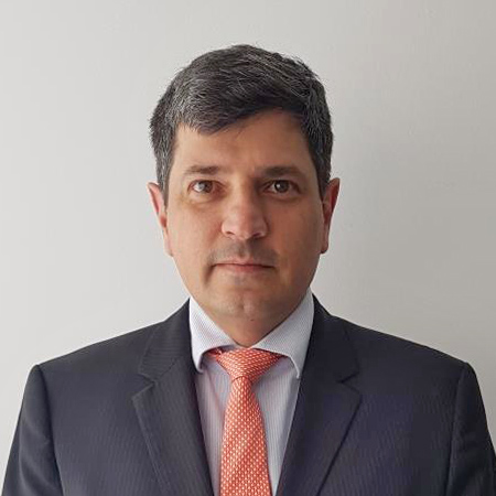 Dr. Alberto Martínez
